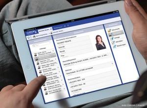 Mit der HD-App von Cursor rufen Vertriebsmitarbeiter unterwegs Auswertungen und Kennzahlen zu ihren Kunden ab. (Quelle: Cursor)
